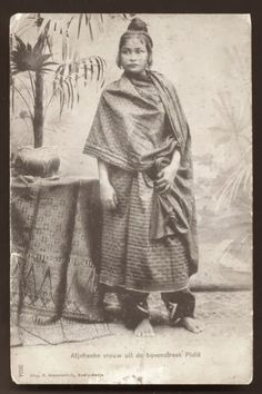 Young Woman from Pidie, Aceh ~ Sumatera ~ Indonesia ca 1899