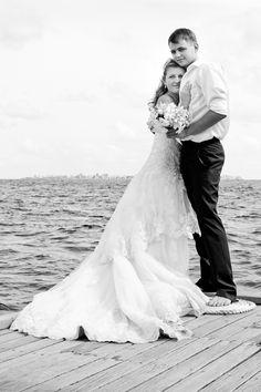 Hug Photo Wedding - Photographer: Mohamed Ezekiel