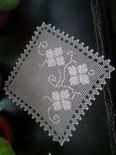 Crochet Curtain Pattern, Crochet Doily Diagram, Crochet Curtains, Curtain Patterns, Crochet Borders, Crochet Potholders, Crochet Doilies, Creative Food Art, Crochet Symbols