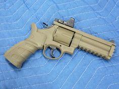 カスタムガン・コンテスト2013 エアガン拳銃 部門 エントリー Custom Revolver, Custom Guns, Tactical Gear, Airsoft Gear, Hand Cannon, Military Guns, Military Equipment, Firearms, Hand Guns