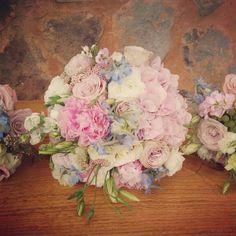 Bridal bouquet #pebbleandlace