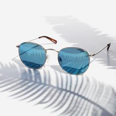 Shop RAEN Benson unisex round-wire sunglasses at the official RAEN online store. Types Of Sunglasses, Beach Sunglasses, Rectangle Sunglasses, Stylish Sunglasses, Retro Sunglasses, Sunglasses Sale, Mirrored Sunglasses, Sunglasses Women, Glasses Frames Trendy