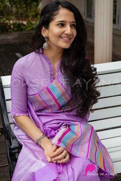 Cotton Saree Blouse Designs, Saree Blouse Patterns, Designer Blouse Patterns, Pattern Blouses For Sarees, Simple Blouse Designs, Stylish Blouse Design, Blouse Designs Catalogue, Designs For Dresses, Rekha Saree