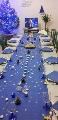Mod le d co de table de no l bleu et argent noel blue - Deco table noel argent et blanc ...