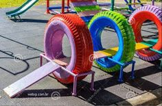 Kids Playground Made from Recycled Tires Kinderspielplatz aus recycelten Reifen Outdoor Toys For Kids, Outdoor Play Areas, Diy For Kids, Diy Outdoor Toys, Outdoor Fun, Diy Playground, Children Playground, Recycled Rubber, Recycled Tires