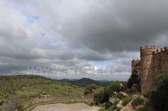 Vista del territorio circundante desde el Castillo de Miraflores en Alconchel, Badajoz. Extremadura, Spain.