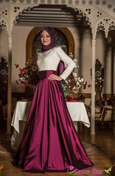 Gamze Polat tafta kabarık abiye fuşya Muslim Prom Dress, Hijab Prom Dress, Muslim Evening Dresses, Elegant Prom Dresses, Pretty Dresses, Beautiful Dresses, Graduation Dresses Long, Grad Dresses, Muslim Fashion