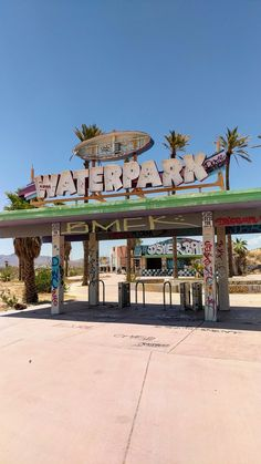 Lake Dolores Water Park outside Barstow California. Abandoned Water Parks, Abandoned Theme Parks, Abandoned Amusement Parks, Abandoned Castles, Abandoned Mansions, Abandoned Houses, Abandoned Places, Barstow California, Route 66 Road Trip