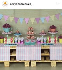 Decor by Adryanna Morais Festa Baby Alive, Furniture, Home Decor, Homemade Home Decor, Home Furnishings, Interior Design, Home Interiors, Decoration Home, Home Decoration
