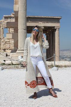 look-do-dia-carol-tognon-na-grecia-fhits-blogger-galeria-tricot
