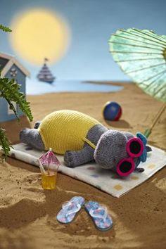 #CuteAlert: Say hello to Alan Dart's #Heatwave Hippo | Simply #Knitting