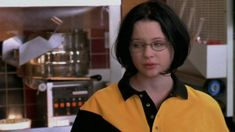 GHOST WORLD | Official Trailer | FilmBuff - YouTube