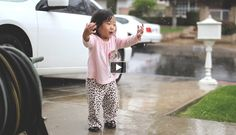 Adorable video!!!  We have all probably forgotten how our first experience with rain looked like. This video is a great reminder of that. This little girl, named Kayden, is looking and feeling the rain for the first time.