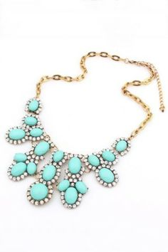 Floral Rhinestone Pendant Necklace. Turquoise at its best. Gorgeous and a fab price too!
