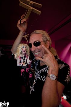 Dee Snider and his Darrionette, Photo by RockstarPix