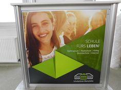 #messetheke #werbetheke #promotiontheke Gymnasium, Backstage, Polaroid Film, Middle School, Elementary Schools, Things To Do, Life