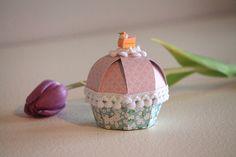 Originale portaconfetti a forma di cupcake.