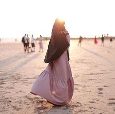 Improve Your Career - Tingkatkan Karir Anda (Infographic) Hijab Niqab, Muslim Hijab, Hijab Chic, Muslim Girls, Muslim Women, Muslim Couples, Islamic Fashion, Muslim Fashion, Hijab Drawing