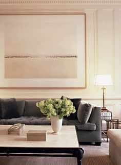 ZD Design Tip | Create subtle drama with simplistic art.  Design by Victoria Hagan  #zincdoor #style #interiordesign