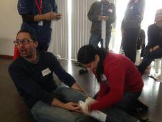 Capacitación de primeros auxilios - Aplicando vendaje