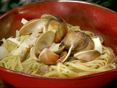 Linguine with White Clam Sauce. Can't wait to try this. Had my first taste of this when I visited Chicago at a place called Italian Village