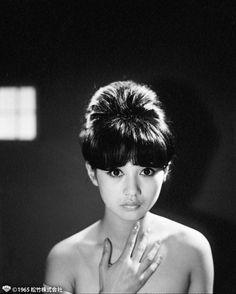 """この目がパッチリしているお人形さんらしい女性。どなたかわかりますか? 彼女は、当時""""和製ブリジット・バルドー""""と呼ばれ、今も活躍している大女優"""
