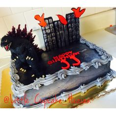 Godzilla Cake by Little Cupcake Heaven Leo Birthday, 9th Birthday Parties, Baby Boy Birthday, Birthday Ideas, Birthday Cake, Godzilla Party, Godzilla Birthday Party, Lion King Cakes, Cupcake Heaven