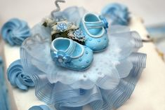 Baptism Gifts You May Want to Give to Your Godchild Baby Shower Crafts, Baby Shower Parties, Baby Shower Themes, Baby Shower Decorations, Shower Ideas, Baptism Themes, Baptism Gifts, Godchild, Cupcake Cakes