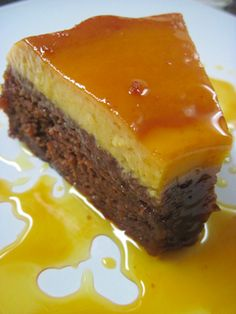 Sticky Toffee Pudding Cake This looks dangerous! An Australian recipe that I would make American by substituting something else for the dates!