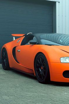 Visit The MACHINE Shop Café... ❤ Best of Bugatti @ MACHINE ❤ (Bugatti ƎB Veyron Super Sport)