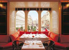 Restaurant in gourmet shop Julius Meinl am Graben in Vienna - www.moderngentlemanmagazine.com/best-restaurants-in-vienna