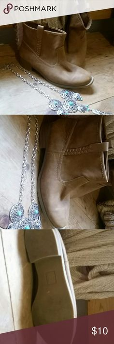Ankle boots man made leather Size 6m man made ankle boot worn a couple times Shoes Ankle Boots & Booties
