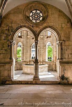 Mosteiro de Alcobaça - Caminhos & Labirintos
