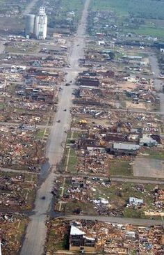 95% of the town of Greensburg Kansas was destroyed when an f5 tornado struck
