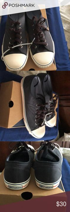 NWT Tretorn  Shoes Men's 11 navy blue These shoes look just like chuck Taylor's!! They are navy Blue & white.. These shoes are pretty dope!! They are New in the box... Come get these classic throwback sneakers Tretorn!! Tretorn Shoes Sneakers