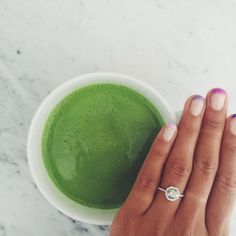 Green Tea For Weight Loss - Victoria's Best Matcha Green Tea Powder Unique Diamond Engagement Rings, Deco Engagement Ring, Unique Rings, Best Matcha Tea, Green Tea For Weight Loss, Organic Green Tea, Matcha Green Tea Powder, Aquamarine Rings, Diamond Flower