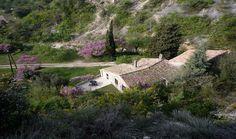 Over een natuurhuisje gesproken.. Erg mooi gelegen in Frankrijk.