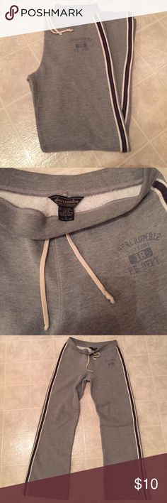 Comfy abercrombie sweatpants Comfy abercrombie sweatpants - girls size L - these fit me the same as Abercrombie size XS. 65% cotton 35% polyester, bottom cuff is frayed/worn see photo 4 👖 abercrombie kids Bottoms Sweatpants & Joggers