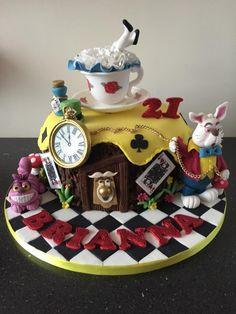 Alice in wonderland  by Donnajanecakes