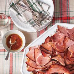 Top-Rated Christmas Brunch Recipes: Holiday Ham with Apricot Glaze