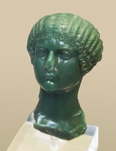 One of Caligula's sisters (Julia Drusilla, Julia Livilla, or Agrippina the Younger), Roman decoration (chalcedony), 1st century AD, (British Museum, London).