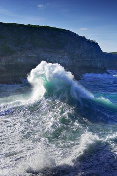 sea, waves, and ocean-bild No Wave, Water Waves, Ocean Waves, Sea And Ocean, Ocean Beach, Backgrounds Wallpapers, Beautiful Places, Beautiful Pictures, All Nature
