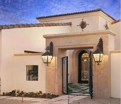 Flat roof spanish style homes - House design plans Mediterranean Style Homes, Spanish Style Homes, Spanish House, Spanish Colonial, Mediterranean Architecture, Spanish Revival, Spanish Exterior, Courtyard Design, Front Courtyard