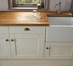 Achieving Different Looks | Traditional Kitchen Design | Kitchen Design Guides | Howdens Joinery #Traditionalkitchens