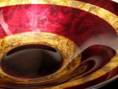 Centro de mesa italiano en cristal rojo con oro. Hecho a mano