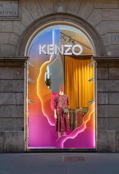 KENZO Via del Babuina Rome Italy There's never one sunrise the same or Window Display Retail, Window Display Design, Booth Design, Visual Merchandising Displays, Visual Display, Exhibition Stand Design, Instalation Art, Retail Store Design, Kenzo