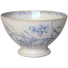 antique cafe au lait bowls - Google Search Pottery Cafe, Pottery Bowls, Ceramic Bowls, French Cafe, French Vintage, Vintage Bowls, Vintage Ceramic, Blue Carnations, Shabby