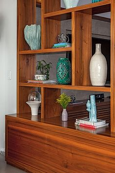This can serve as both, a divider and a storage space Living Room Partition Design, Living Room Divider, Room Divider Doors, Room Partition Designs, Living Room Decor, Room Divider Shelves, Bedroom Closet Design, Home Room Design, Living Room Designs