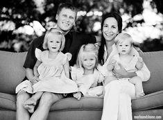 Family pose ideas...lovin' the black and white