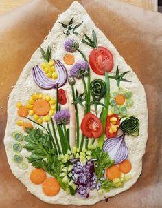 Charcuterie Recipes, Bread Art, Good Food, Yummy Food, Fruit And Veg, Creative Food, Bread Baking, Food Art, Food Inspiration